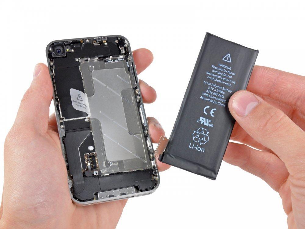 Как поменять аккумулятор на Айфоне