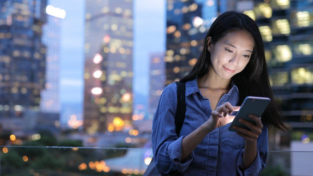 Huawei разработала новую оболочку EMUI 11 и замену Андроид — операционка от китайцев будет самой быстрой