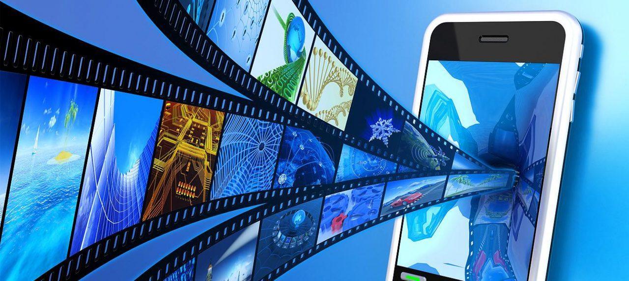 Как смонтировать видео на телефоне