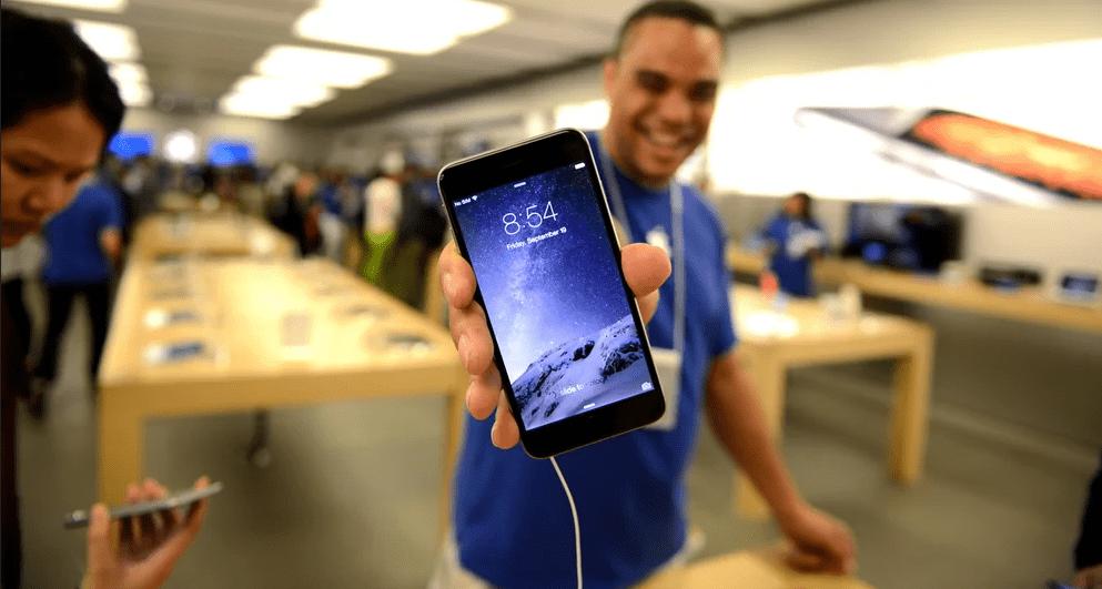 10 уловок, как обманывают при покупке телефона в салоне сотовой связи