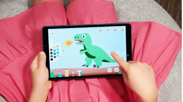Стартовали продажи планшета Huawei со встроенным детский режим и LTE - цена копеечная