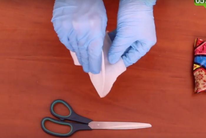 Медицинская маска своими руками от коронавируса - как сделать