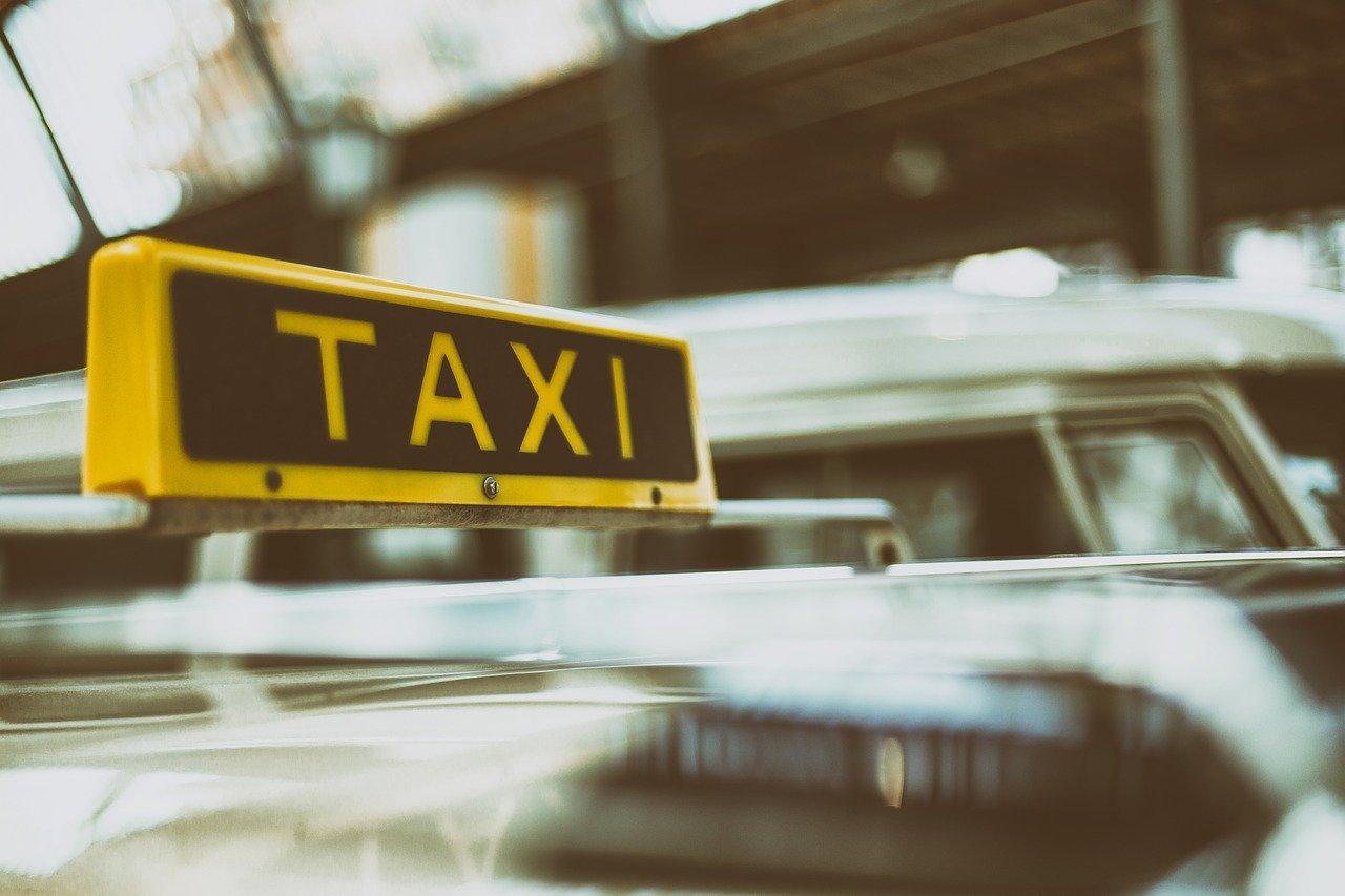 Можно ли работать в такси во время карантина