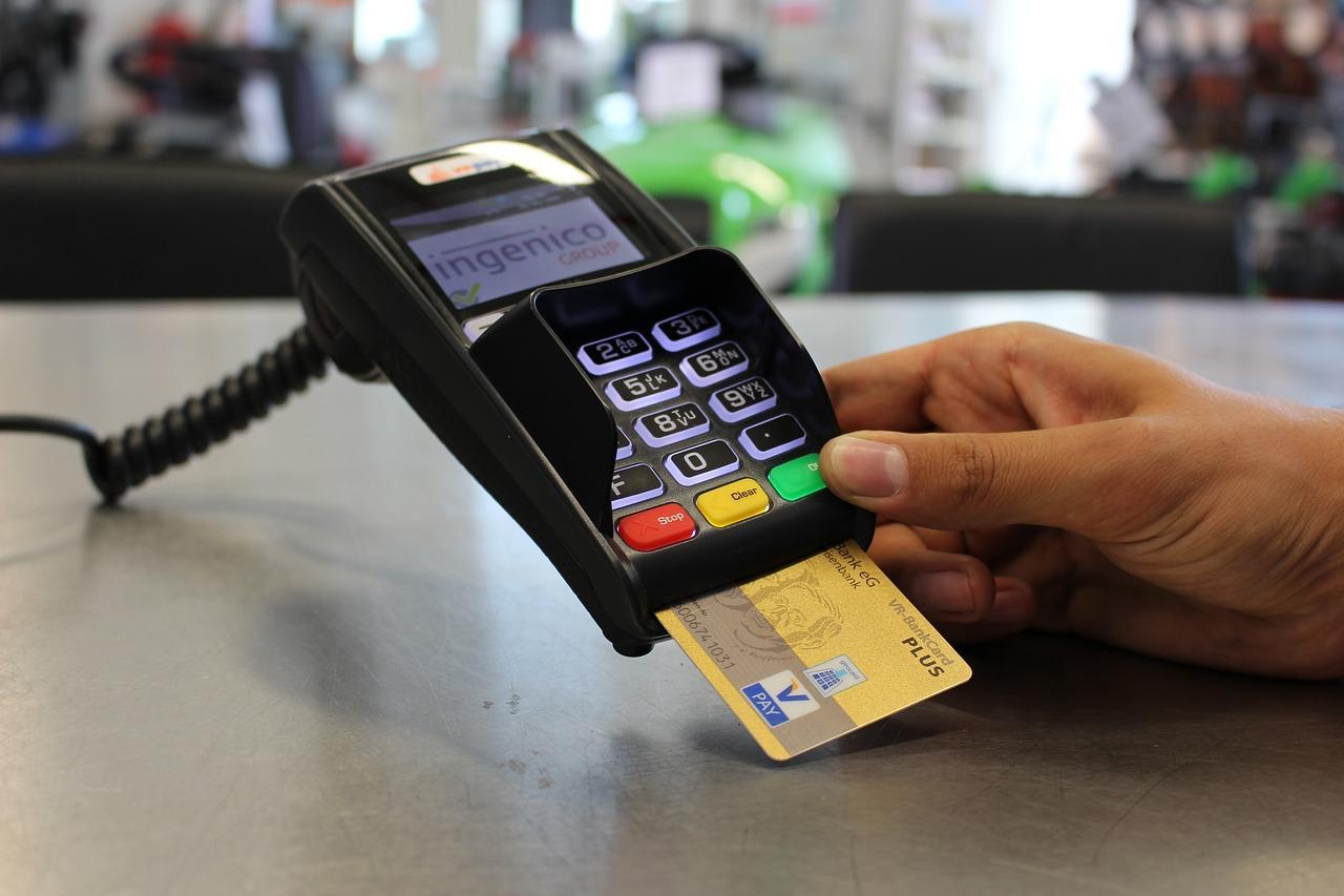 Теле2 запустил акцию — скидки на оплату тарифа при оплате картой Visa или Mastercard