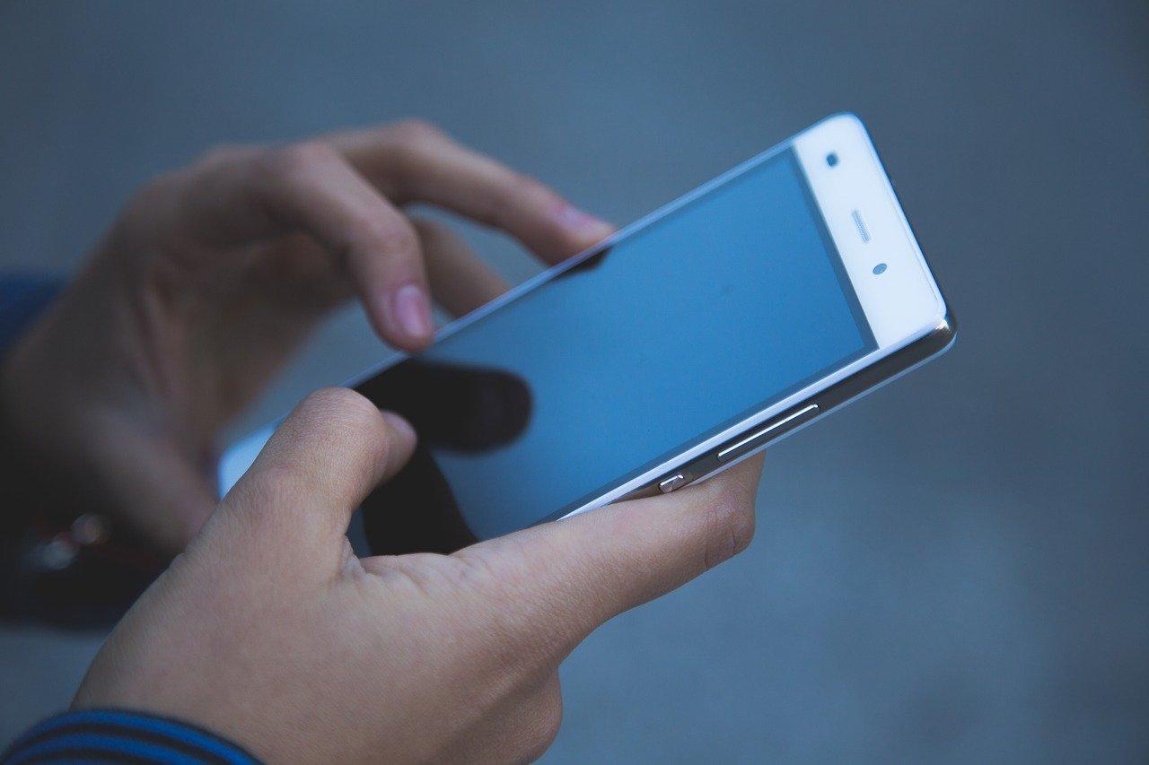 Телефон перестал включаться - в чем причина, как самостоятельно починить смартфон