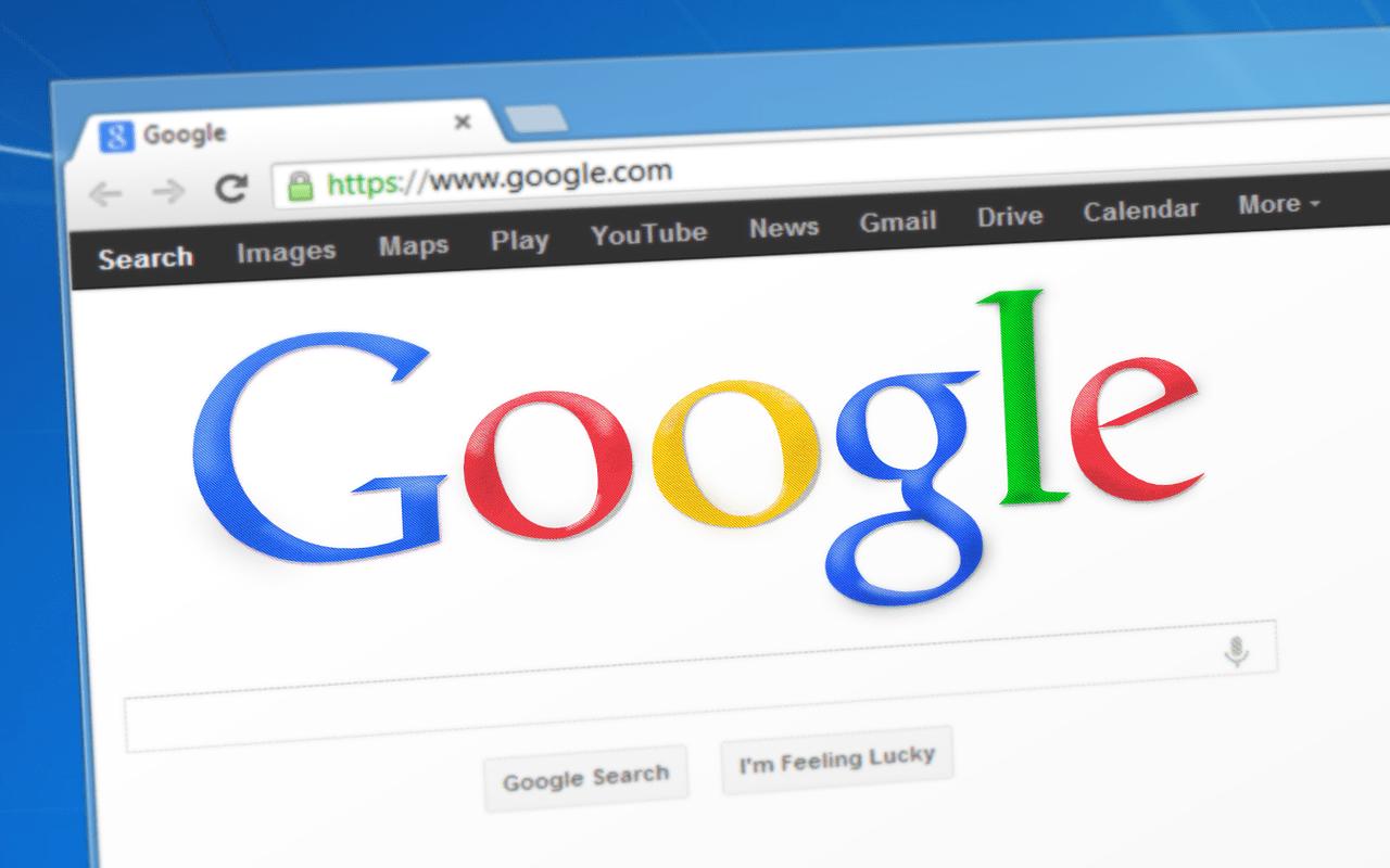 Поисковик Google обманывает пользователей и выдает запросы нечестно