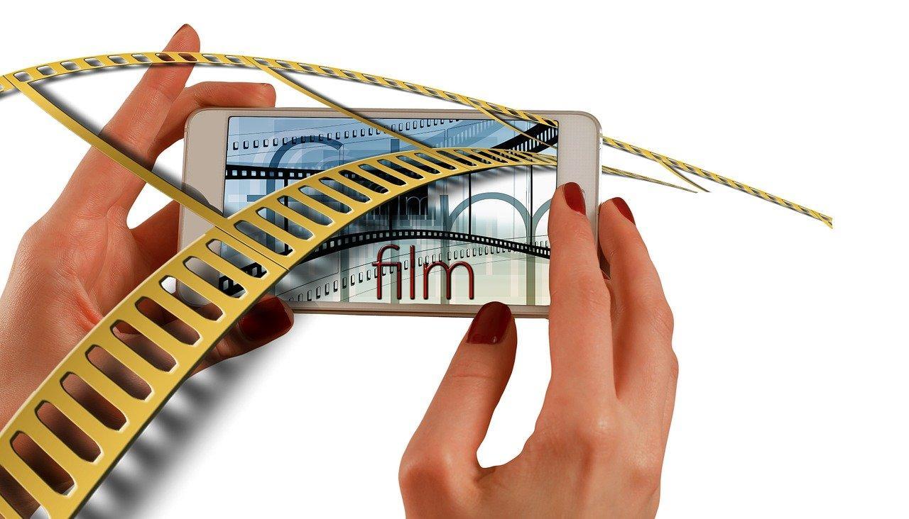 Как на Айфоне смотреть фильмы бесплатно