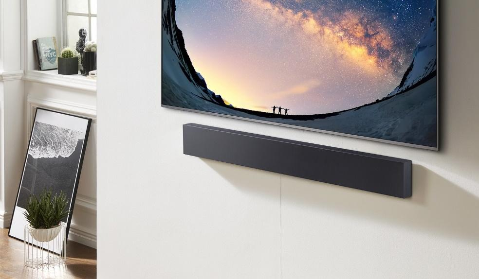 https://images.samsung.com/is/image/samsung/ru-feature-slim--simple--and-great-sound--105588139?$FB_TYPE_A_JPG$