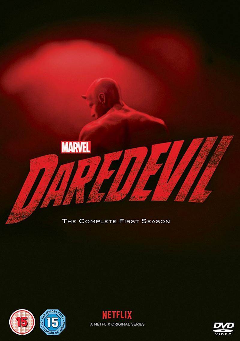 https://st.kp.yandex.net/im/poster/3/1/1/kinopoisk.ru-Daredevil-3113434.jpg