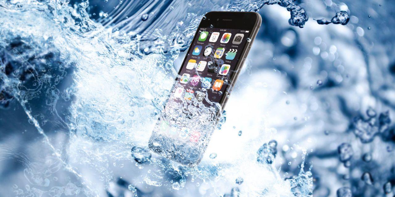 Что делать, если залил телефон водой