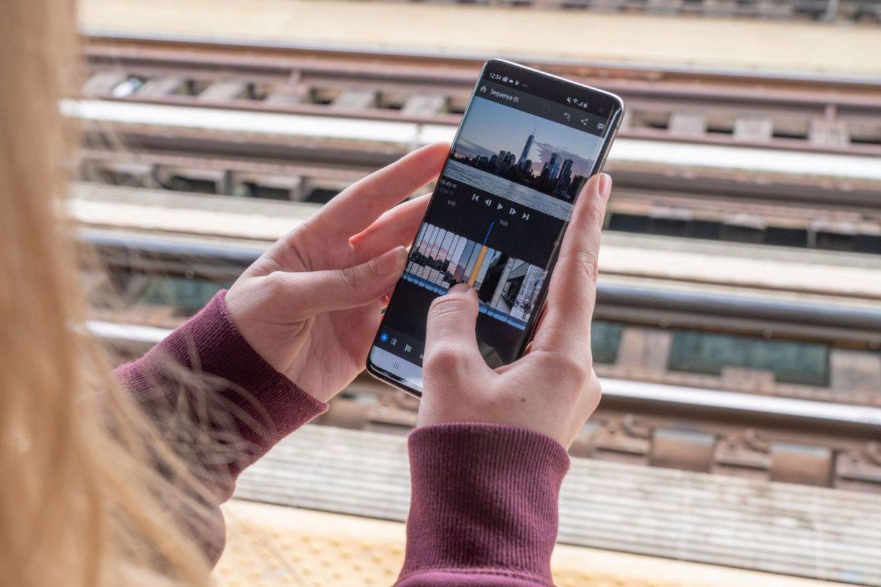 Как наложить видео на видео на Андроиде