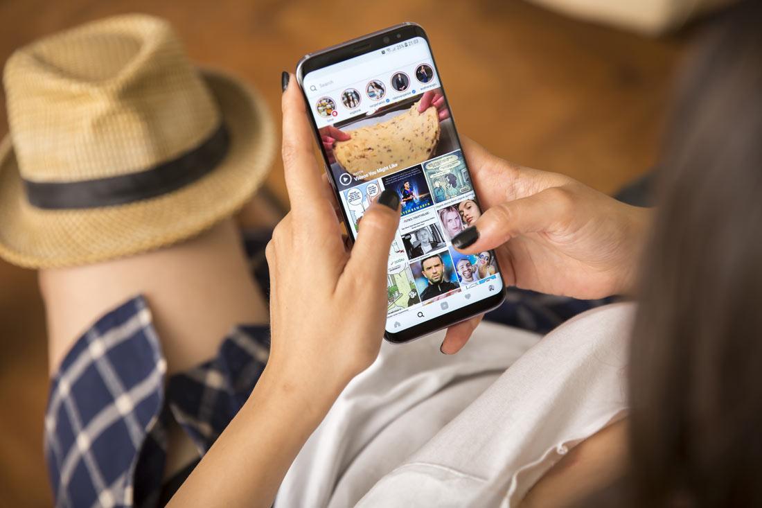 Как сделать пост в Инстаграме с телефона
