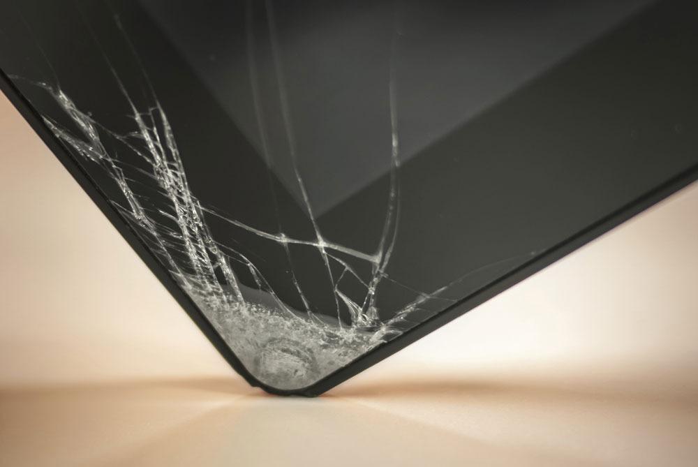 Какое стекло выбрать для смартфона