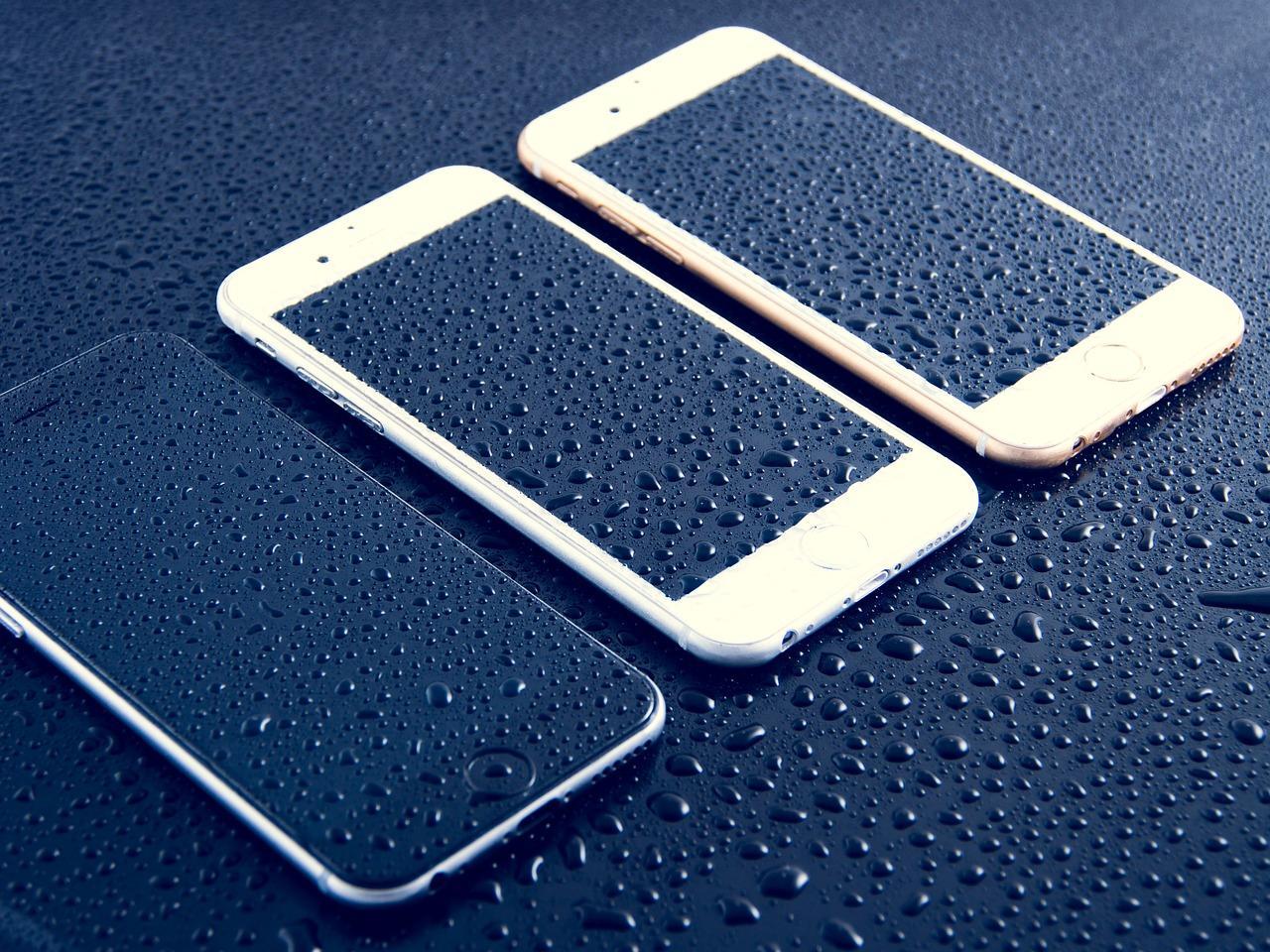 Залил динамик телефона — что делать