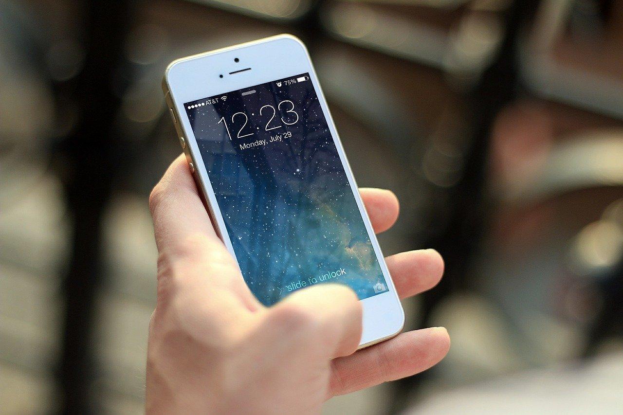 Как поставить вспышку на звонок на Айфоне