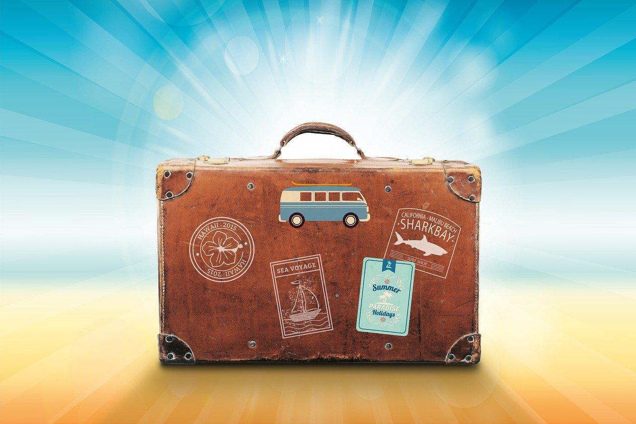 Как получить до 15 тысяч компенсации за отдых в России – инструкция