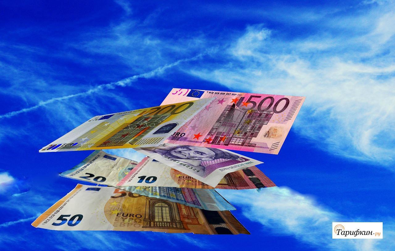 Сбербанк позволил расплачиваться за услуги по всему миру