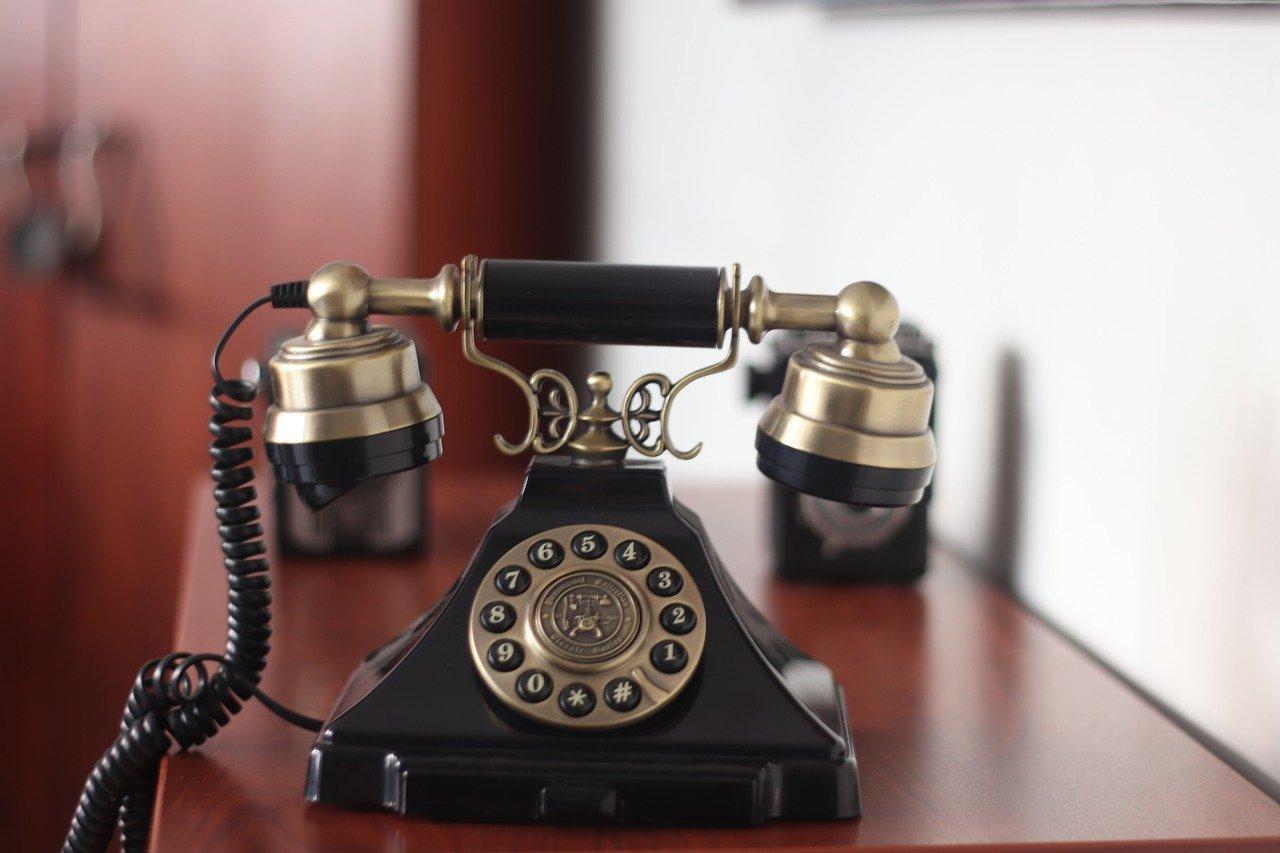 Откуда у телефонных спамеров наши данные – телефоны и ФИО