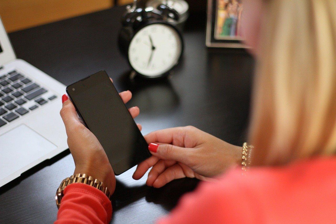 Что делать, если телефон не реагирует на прикосновения