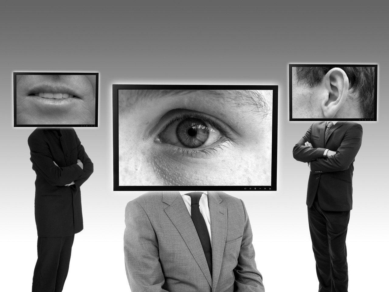 Как защитить телефон от слежки