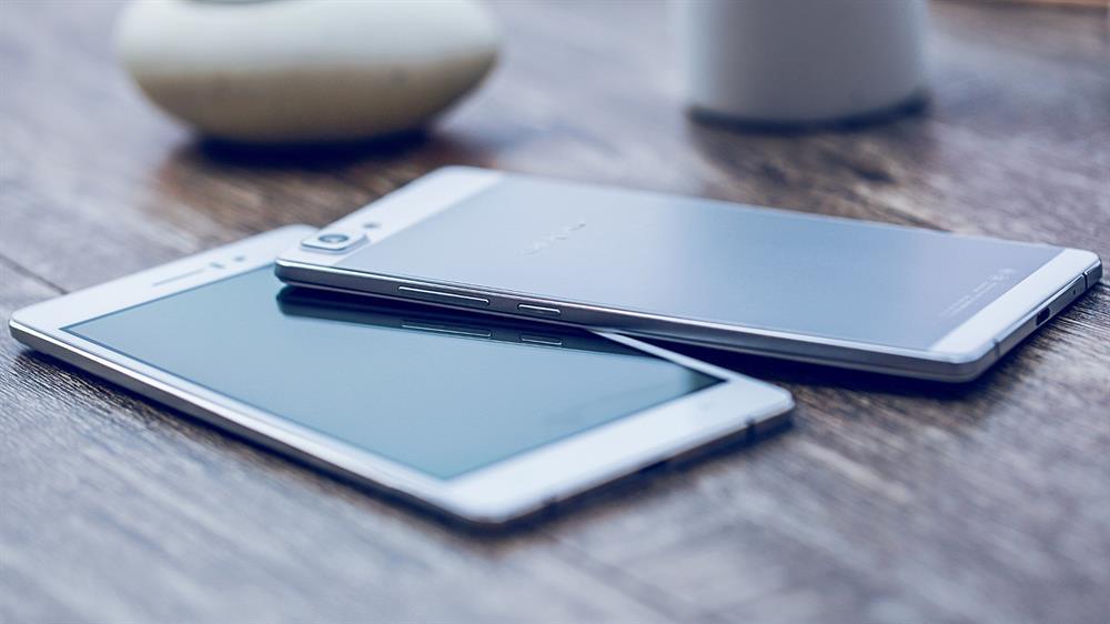Самый тонкий телефон в мире