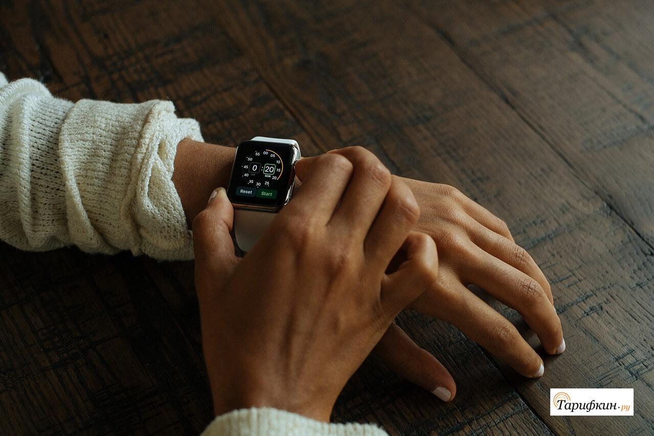 Huami выпустил новые смарт-часы со временем автономной работы 45 дней