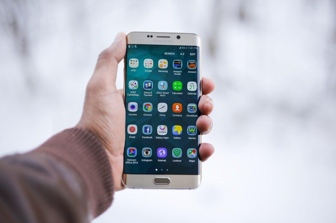Как остановить приложение на Андроиде