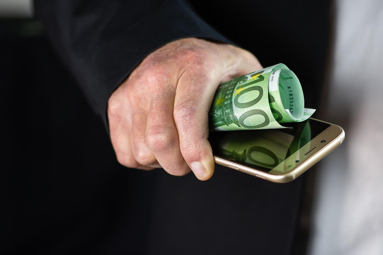 МегаФон продает OPPO Reno 2Z дешевле на 6000 рублей — это действительно выгодно