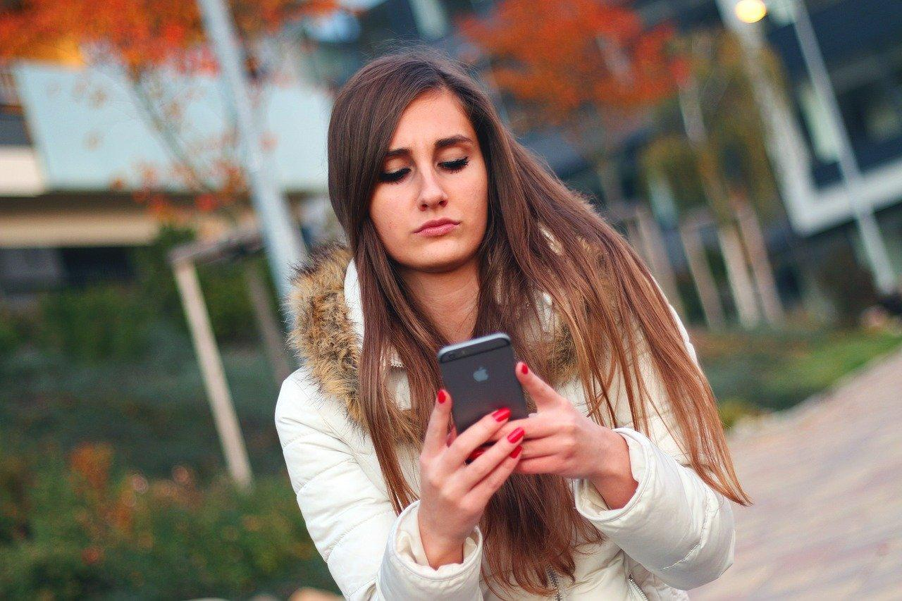 Как проверить платные услуги на телефоне