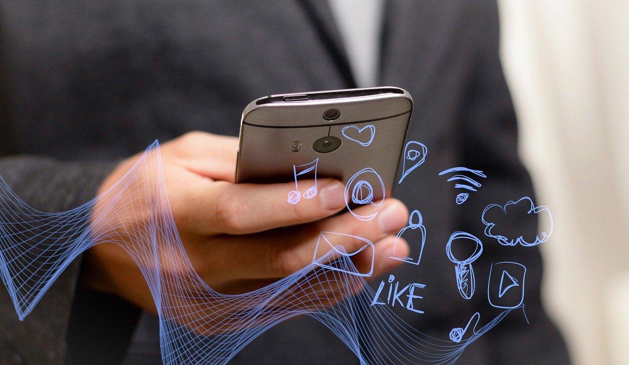 Как восстановить сообщения на Айфоне